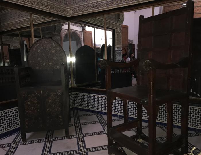 royal chairs in Mussée Dar Si Saïd