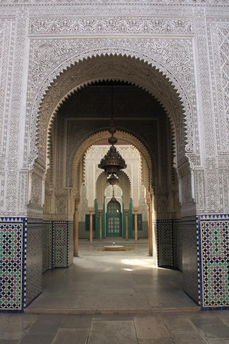 archway at Mahkama in Casablanca