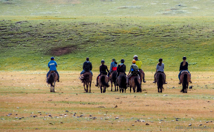 riders on the mongolian steppe