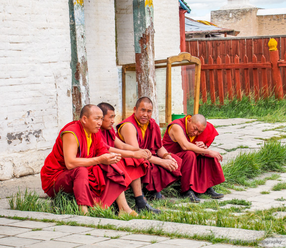 mongolian monks