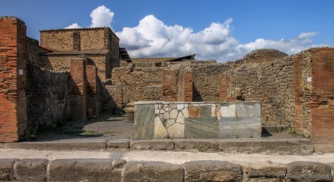 adventuresofacouchsurferpompeiiIMG_5493-5493
