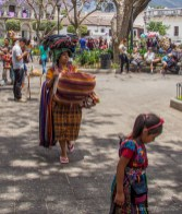 ladies selling their wares in Parque Central