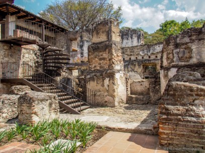 ruins and churches in Antigua