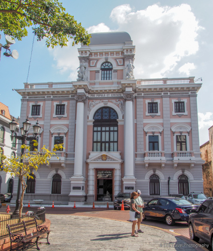 municipal house in panama city