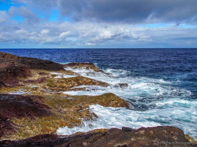 rocky shore in Saba