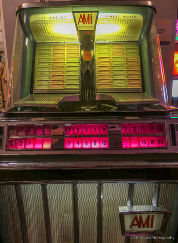 juke box at the rock n soul museum in memphis