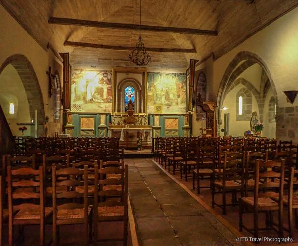 inside church saint pardoux
