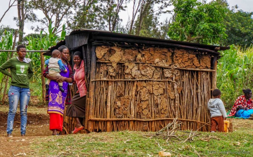 house and ladies in the Ngong Hills near Nairobi