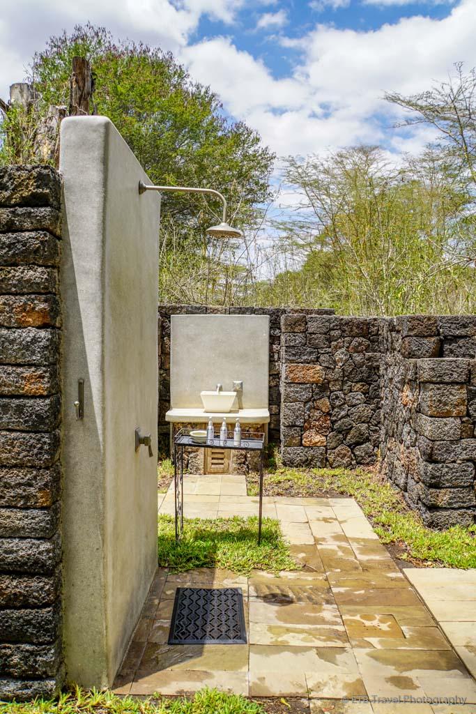 Outdoor Bathroom at Umani Springs