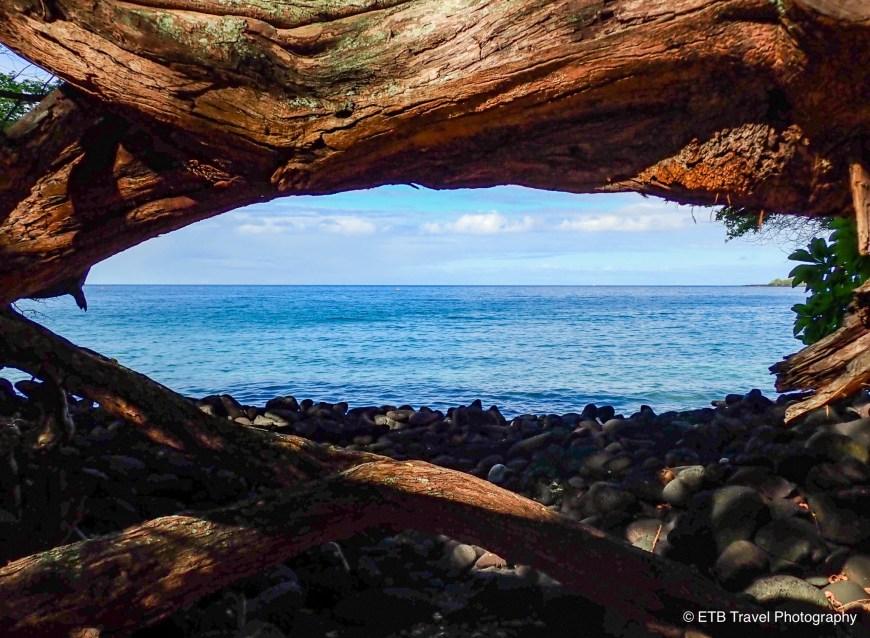 Kealakeakua Bay State Historical Park on the Kona Coast