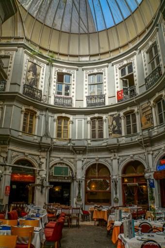 Cicek Pasaji in Beyoĝlu Istanbul
