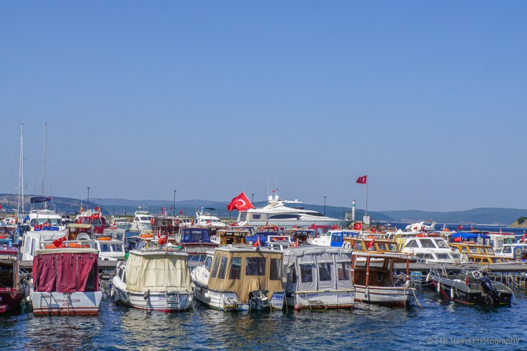 harbor in canakkale
