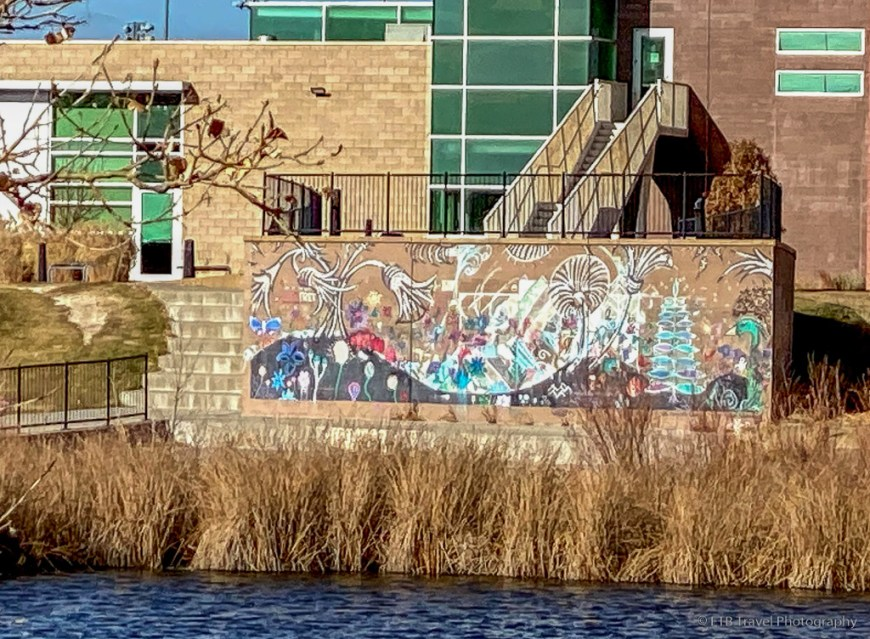 grafitti art at parkfield lake park