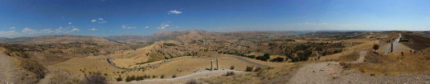 View to the summit of Nemrut Dag from Karakus. Photographer: Alkans Tours, Nicholas Kropacek