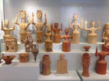 Minoan_Goddesses_LMIIIC