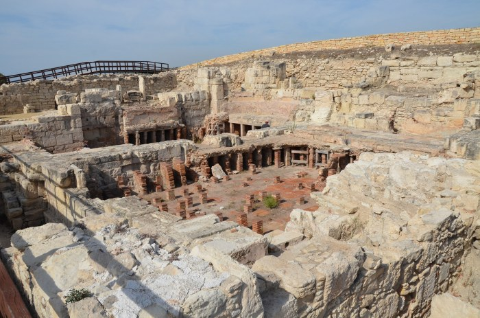 The tepidarium (warm room) and the caldarium (hot room) of the public baths, Kourion