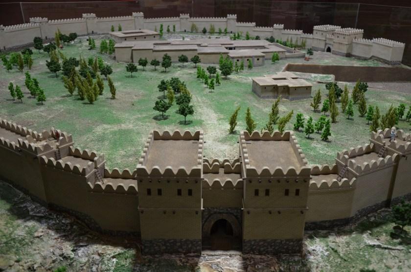 Model of Hittite city of Alacahöyük.