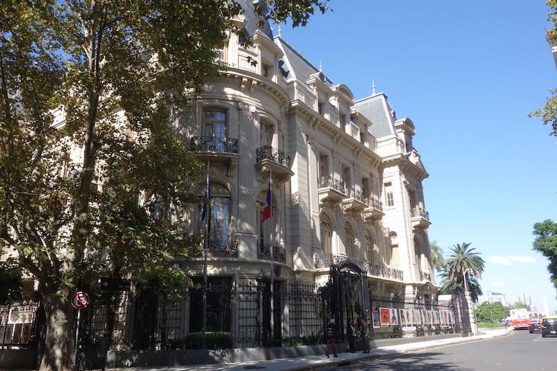 L'ambassade française dans le quartier Retiro, ancien lieu de villégiature da la noblesse argentine