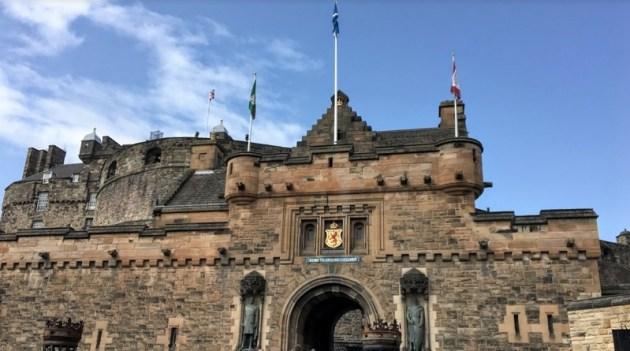 <世界旅紀行>スコットランドその3 エディンバラ城見学とカールトン・ヒル