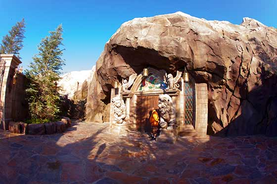 Entry to Be Our Guest restaurant