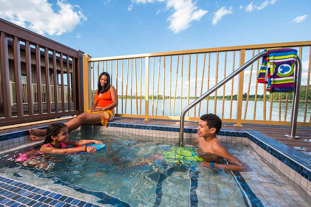 Plunge pool at the DVC bungalows