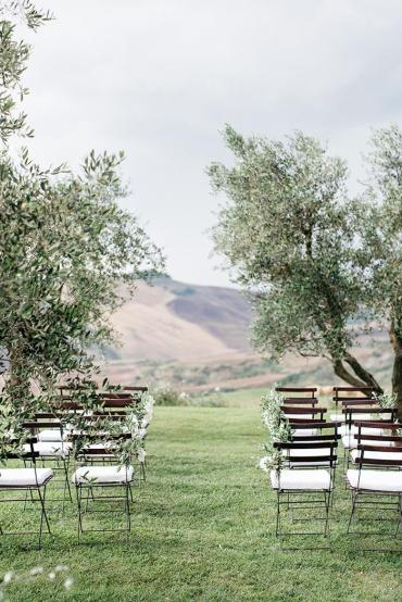 16-green-natural-outdoor-wedding-ceremony-ideas