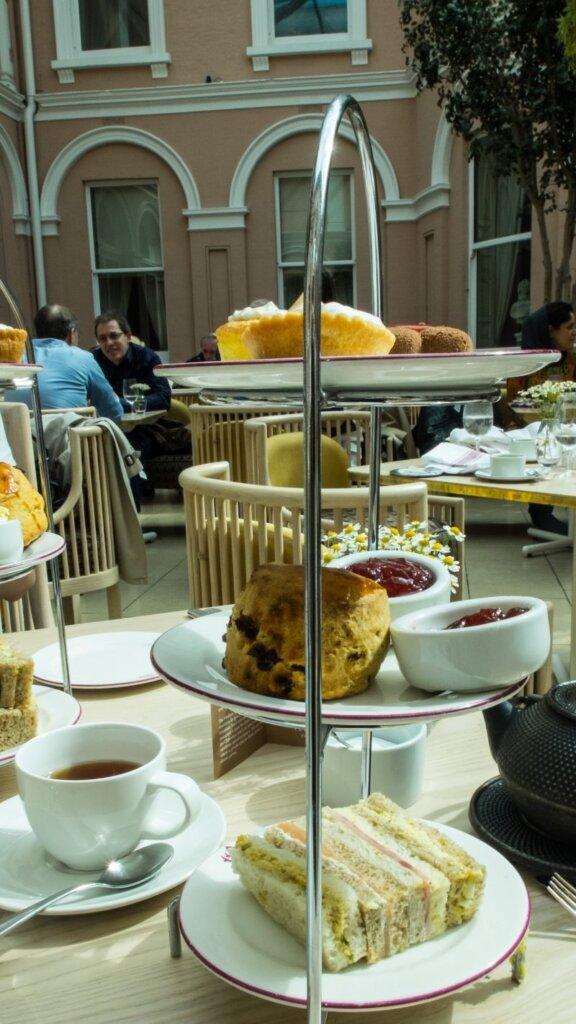 afternoon-tea-wallace