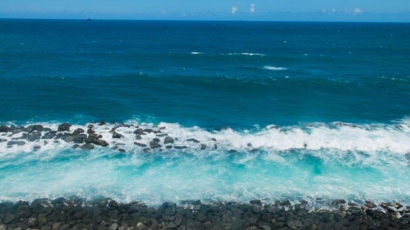 the ocean at el morro in old san juan
