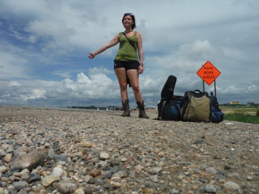 danie-solo-female-hitchhiking