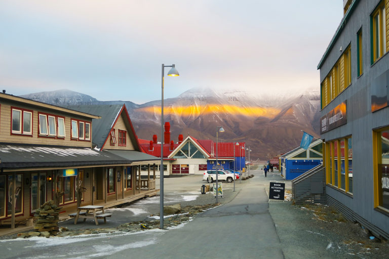 things to do in svalbard