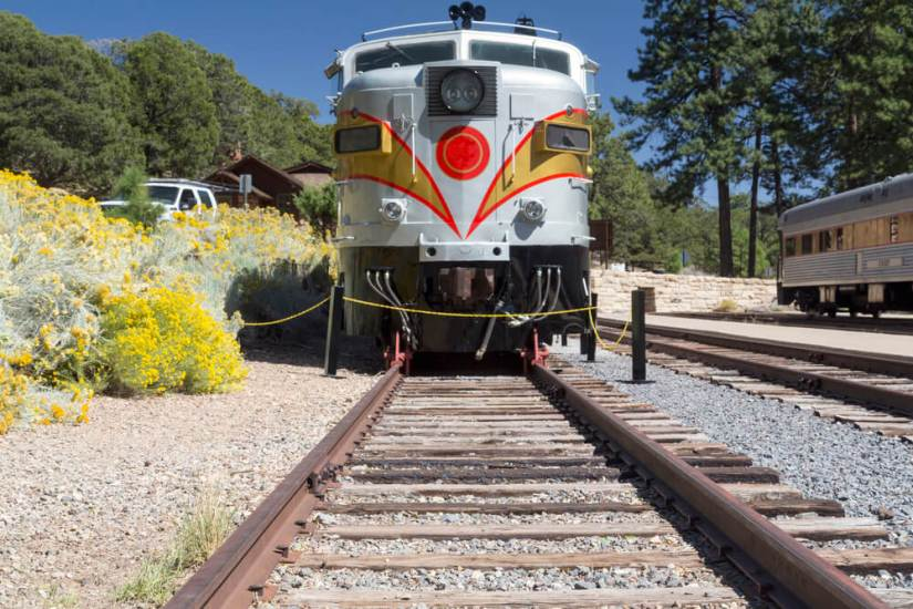 the historic grand canyon train from a straight-on angle