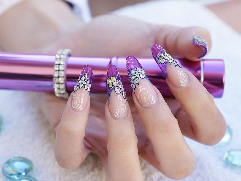 Nail Art: 3D & 4D Beauty School Training Course