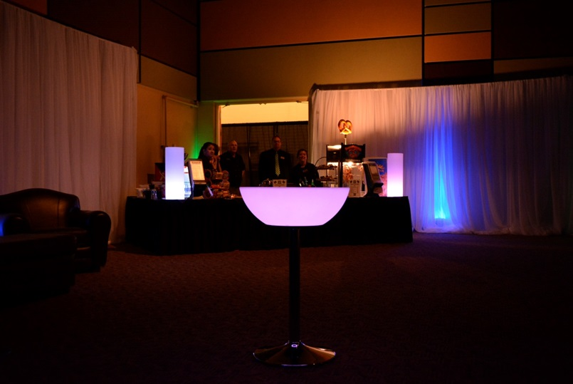 24 LED Light up Cocktail Table  Eternity LED