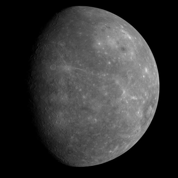 Imagem anterior de Mercúrio obtida pela Messenger em janeiro de 2008