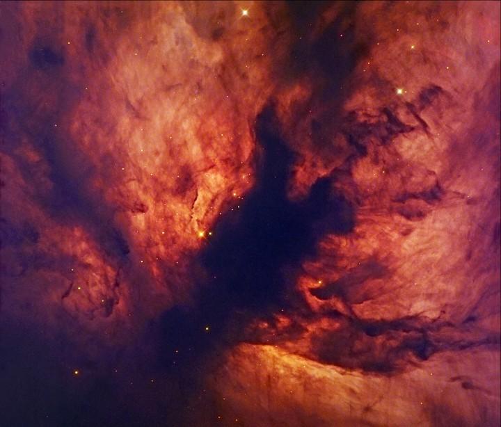 Um Close-Up da Flame Nebula (Nebulosa da Chama) - Crédito: Robert Gendler, Jan-Erik Ovaldsen