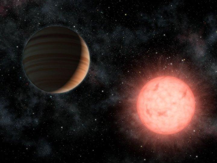 VB 10b: um exoplaneta tão grande quanto sua estrela. A estrela anã vermelha VB 10 fica a 20 anos-luz na constelação de Áquila e tem 1/12 da massa e 10% do tamanho do Sol. O exoplaneta VB 10 b é um gigante gasoso com tamanho comparável ao de Júpiter e 6 vezes sua massa. VB 10 b leva 9 meses para dar uma volta em torno de sua estrela. Crédito da imagem: NASA/JPL-Caltech