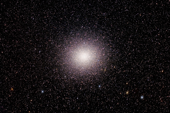 NGC 5139: ω Centauri sob a lente de Fred Lehman (South Florida Dark Sky Observers)