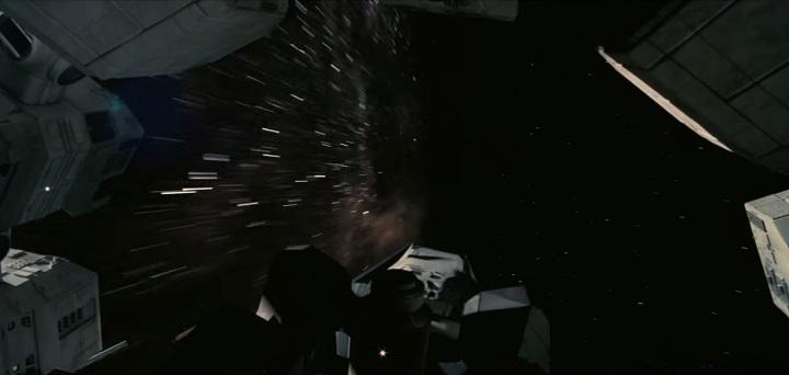 https://timsfilmreviews.files.wordpress.com/2014/10/interstellar-worm-hole-effects.jpg