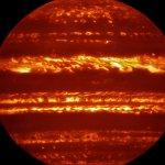 ESO: Imagens de Júpiter feitas pelo VLT apresentadas alguns dias antes da chegada da sonda Juno