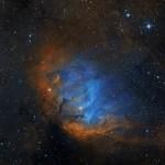 A nebulosa da Tulipa na constelação do Cisne por Martin Pugh