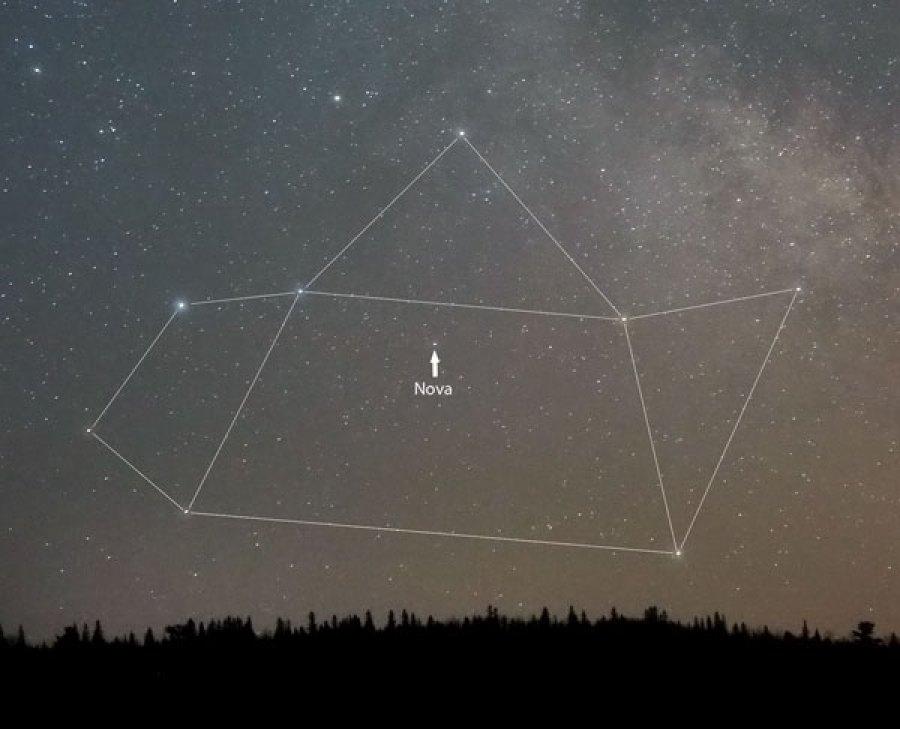 http://www.skyandtelescope.com/wp-content/uploads/Nova-Sgr-No-2_March21-2015_King.jpg