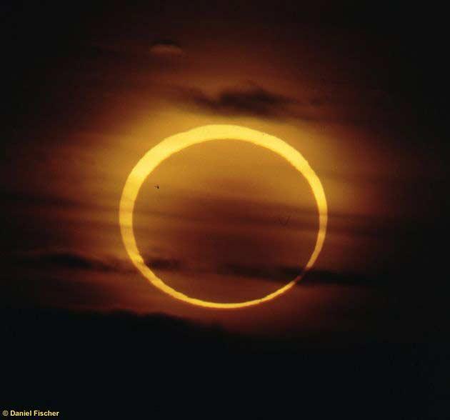 O eclipse anular fotografado por Daniel Fischer