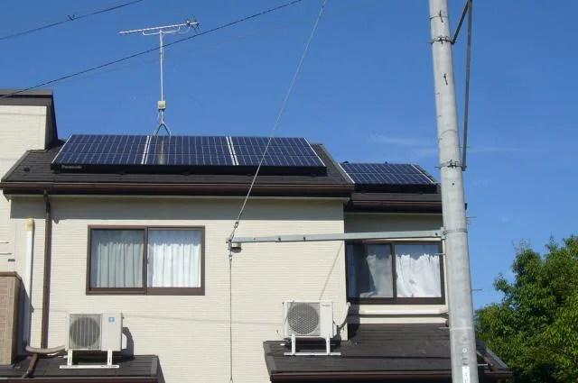 スレートに太陽光発電設置後