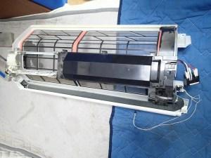 エアコンクリーニング CS-X252C-W 分解後 お掃除ロボ