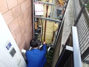 電気温水器撤去 京田辺市