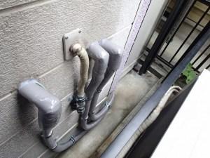 ガス給湯器からエコキュートへの配管工事