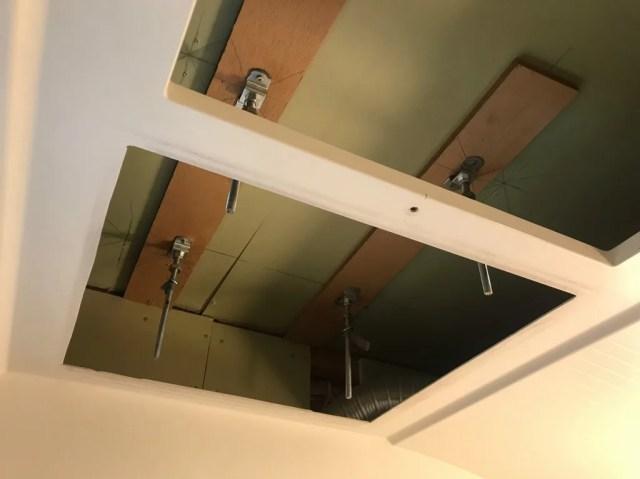 天井吊りボルト