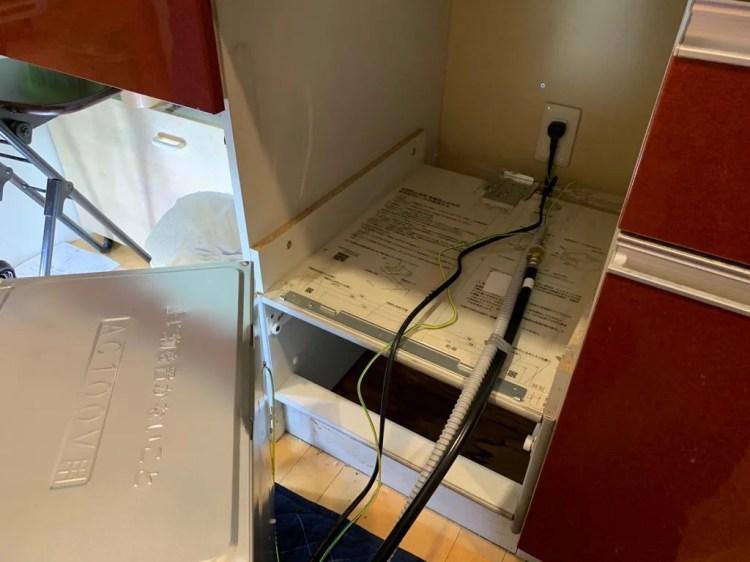 食洗機を撤去した状態