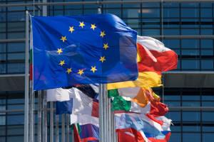 Markets unfazed by Greek referendum