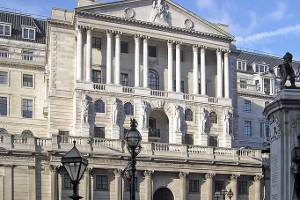 Boost launches 3x short UK government bond ETP on LSE